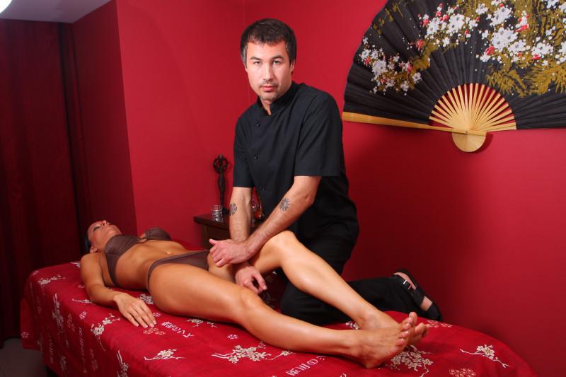 Онлайн азарбайчан массажист нужна девушка — photo 7